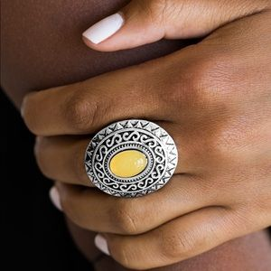 Hello Sunshine Yellow ring